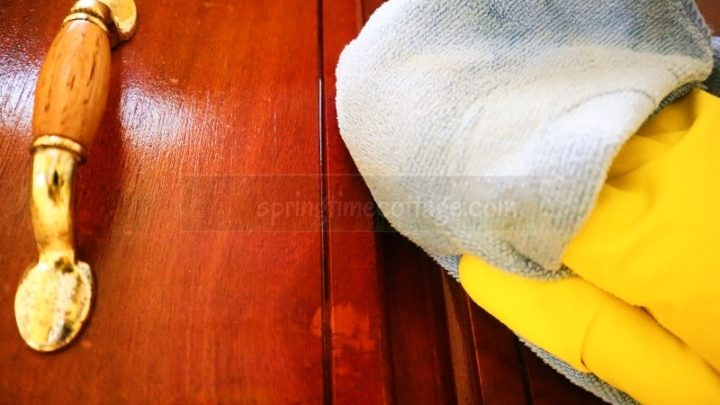 How To Remove Grease From Wood Cabinets Without Damage