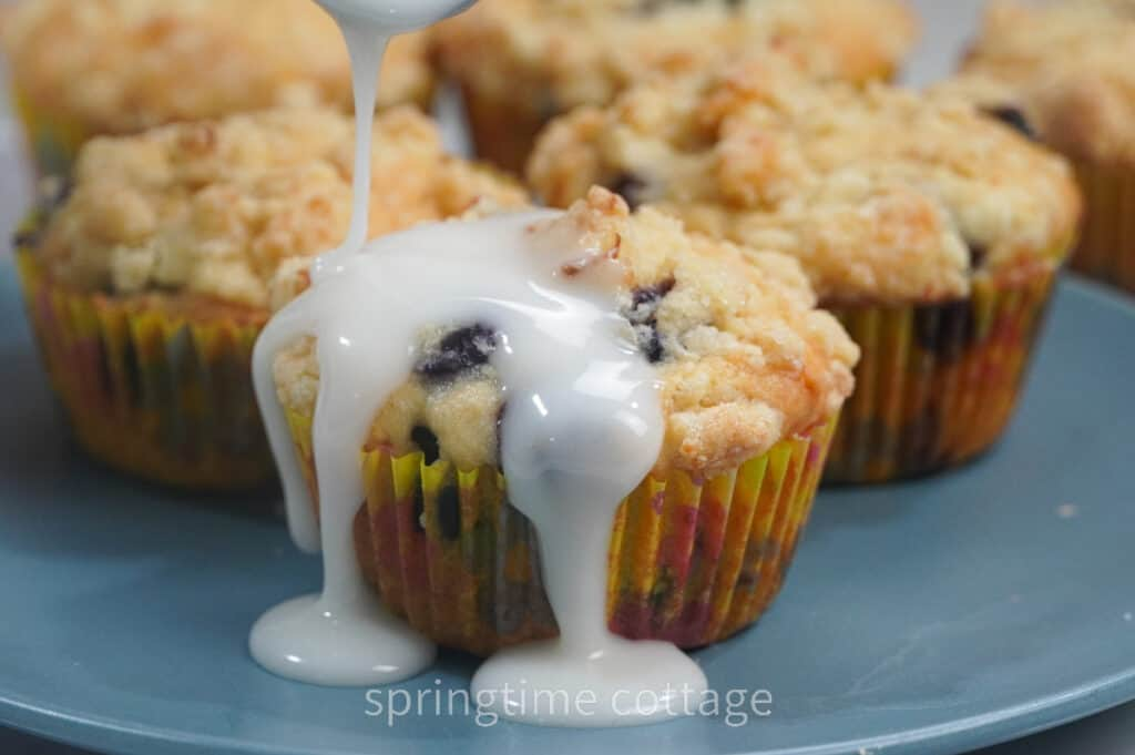 Lemon Blueberry Muffins With Crumble Topping